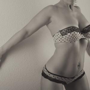 lingerie_blanc_mur